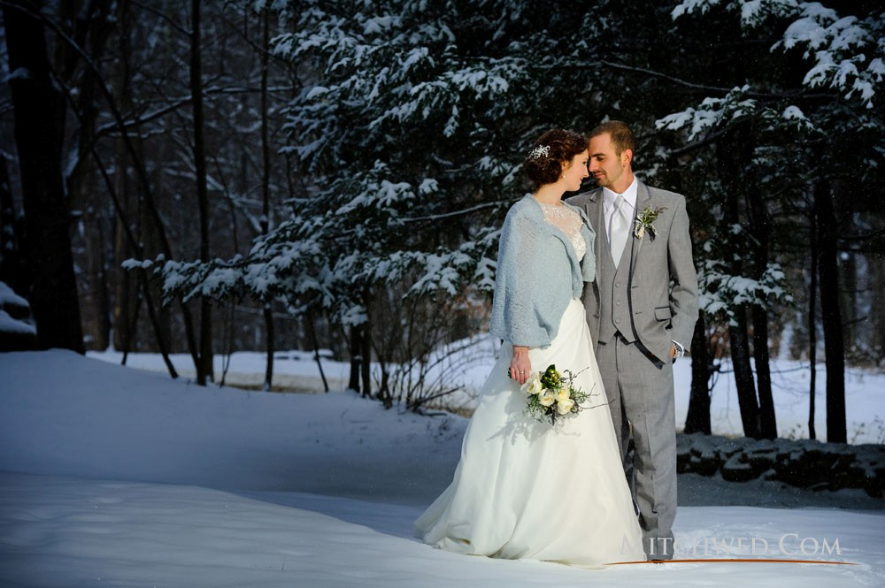 Mitchwed image: Bride and groom outdoors winter wedding at Full Moon Resort
