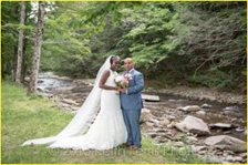 Wedding couple near Esopus Creek