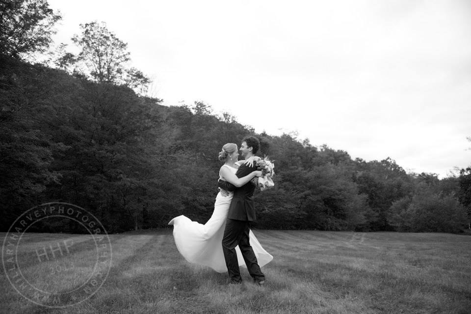 September Wedding- hug on the lawn